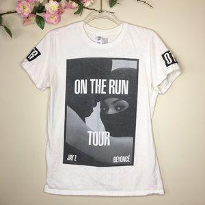 On The Run Tour white concert tee Beyoncé Jay Z
